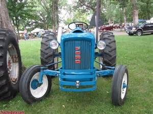 2000 Ford Tractor Tractordata Ford 2000 Tractor Photos Information