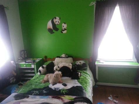 panda wallpaper for bedroom panda themed bedroom for the boy pinterest pandas
