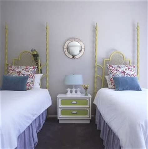 small guest room with two twin beds pinteres out of curiosity two twin beds in a guest bedroom