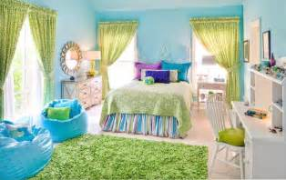 Bedroom teens bedroom decorating blue wall paint green curtain smooth