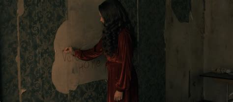 luke wilson hill house the haunting of hill house 17 easter eggs from the book