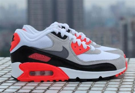 Nike Airmax 90 New nike air max 90 infrared sneakernews
