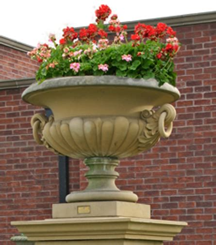Garden Vases Planters by 187 Vases Urns And Planters