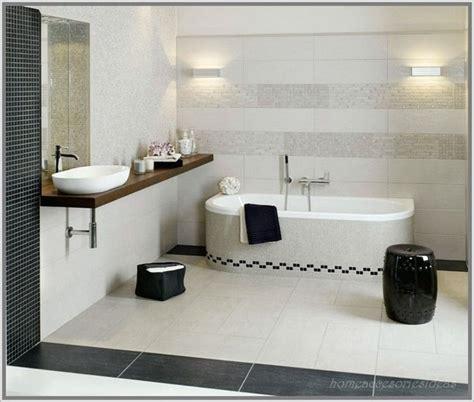 glasfliesen ideen für kleine badezimmer bad fliesen ideen schwarz wei 223