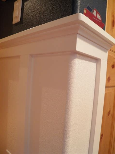 Wainscoting Around Corners by So You Can Do Wainscoting With Bullnose Edges When I
