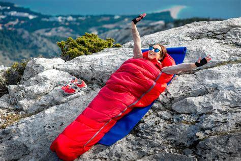 best backpacking sleeping bags of 2018 the adventure junkies