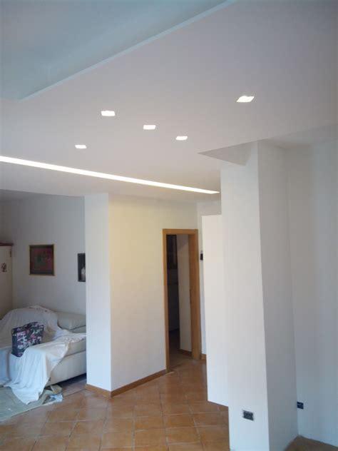 illuminazione soffitto legno illuminazione a led per soffitti in legno