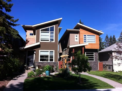 infill lot 80 of calgarians must live in the burbs everyday tourist