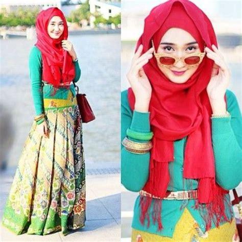 Pakaian Atasan Muslim Wanita Dress Boxy Combi Sweater Premium tips memilih model baju batik kantor