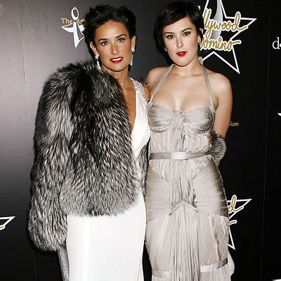 Do You Miss The Golden Globes Carpet by Miss Golden Globe Rumer Willis Instyle