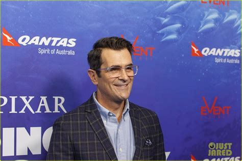 ty burrell dory ty burrell joins finding dory cast on jimmy kimmel live