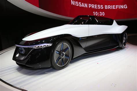 nissan spokesperson the futuristic blade glider from nissan wow amazing