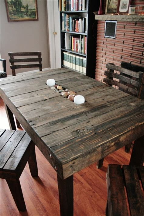 Dining Room Table Made From Pallets 17 Diy Plans Decorating Your Food Area On Pallet Dining Table Freshnist