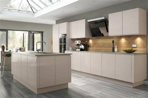 Gloss Kitchens Ideas Welford Handleless Kitchen In Savanna Lark Larks