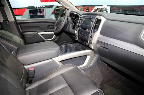 nissan titan interior 2016 2016 nissan titan interior view photo 135