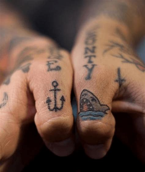 simple finger tattoo designs 100 imaganitve finger designs for boys and
