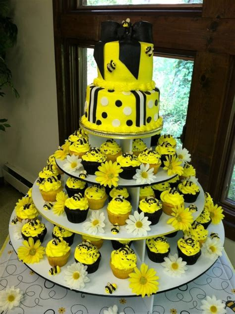 Bees Baby Shower Theme by Baby Shower Bee Theme Cakecentral