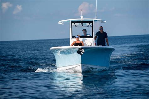 sea hunt boats careers spotlight on our gamefish 30 this boat sea hunt boat