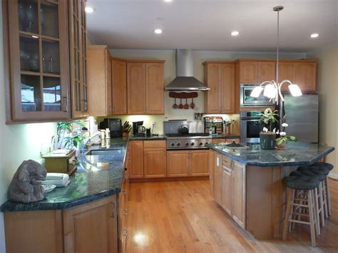 maple kitchen cabinets lowes maple kitchen cabinets lowes alert interior the maple