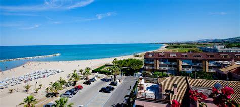 alberghi porto d ascoli hotel 3 stelle canguro vacanze al maree a san benedetto