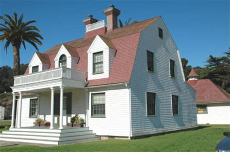 htons house style colonial style