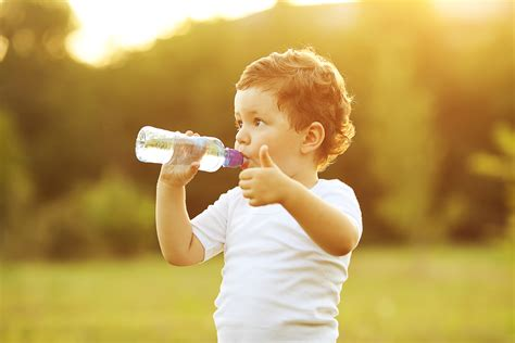 water for children and sport the importance of water for active