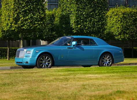 roll royce ghost blue rolls royce ghawwass phantom coupe special edition