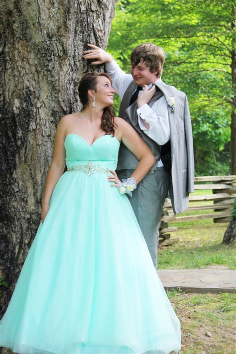 prom color ideas color ideas for prom couples prom and pictures prom