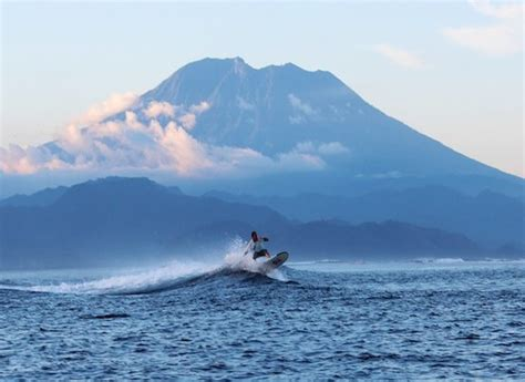 surf  lembongan traveller