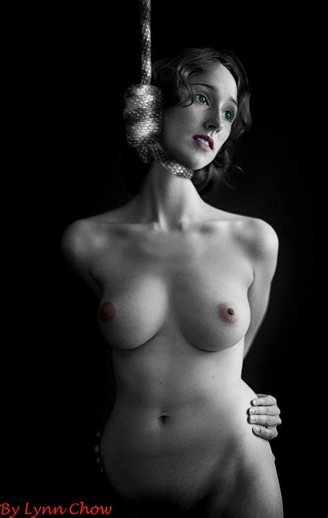 Pic In Gallery Hanging Gallery Picture Uploaded By Argenti On Imagefap Com
