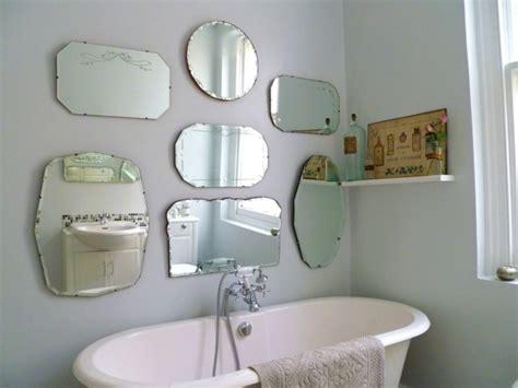 badezimmerspiegel ideen an der wand badspiegel antik 252 ber klassisch bis hin zu modern