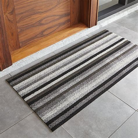 Chilewich Doormat by Chilewich Grey And Black Doormat Crate And Barrel