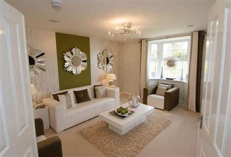 arrange furniture   rectangular living room