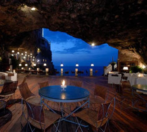 grotta palazzese hotel the magnificent hotel grotta palazzese in italy i like