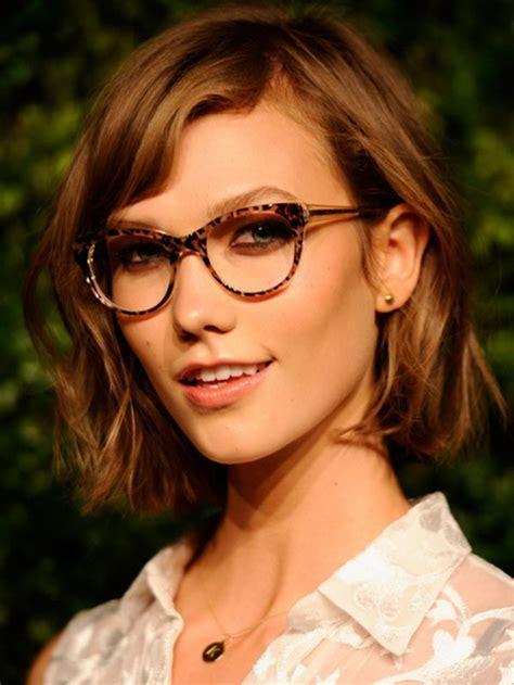 kurze haare und brille