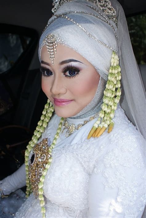 Gambar Tutorial Make Up Pengantin Jawa | video tutorial make up pengantin adat jawa modern youtube