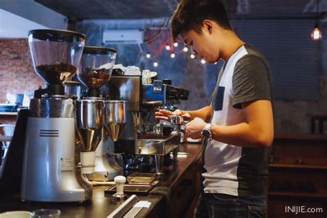 Mesin Kopi La Marzocco Linea Mini two coffee bandung the glorious breakfast