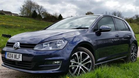 volkswagen golf gt vw golf gt 1 4 tsi 2014 review look expert reviews