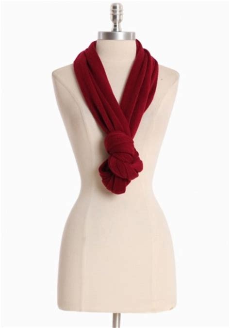 way to tie an infinity scarf duh fashion