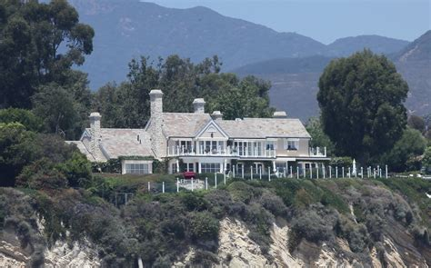 barbra streisand home barbara streisand celebrity homes lonny