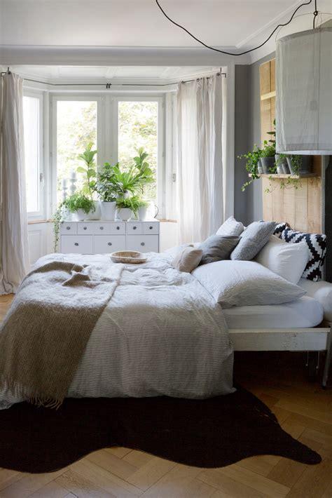ideen für kleine schlafzimmer raum design schwarz braun