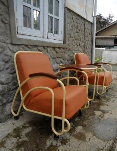 Kursi Roda Purwokerto sepasang kursi besi deco dengan per pegas pada tempat