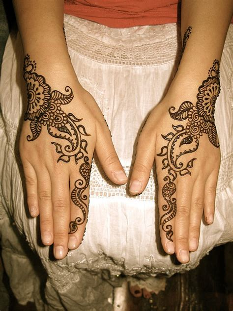 mehndi simple mehndi patterns mehendi hands henna artwork