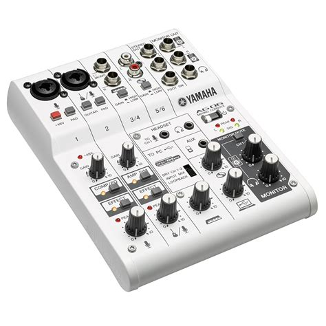 Mixer Yamaha Ag06 yamaha ag06 6 channel hybrid mixer at gear4music
