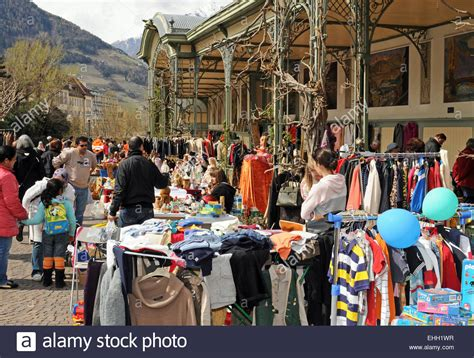 möbel flohmarkt berlin flohmarkt meran flea market merano stock photo 79665315
