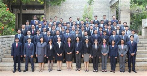 Duration Of Mba From Iim by 710 Gmat 7 Years Average Work Ex Iim B Mba Class Of 2017