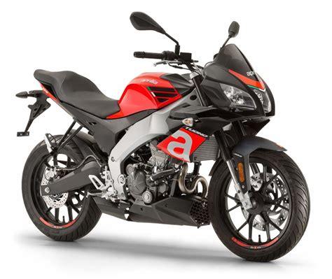 d moto nouveaut 233 moto 2017 aprilia 125 tuono comme les grandes