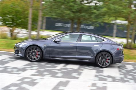 Tesla Illegal Tesla Model S 2016 Facelift Pictures Auto Express