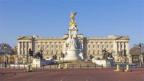the best places in buckingham palace big best place to live in britain named as buckingham palace