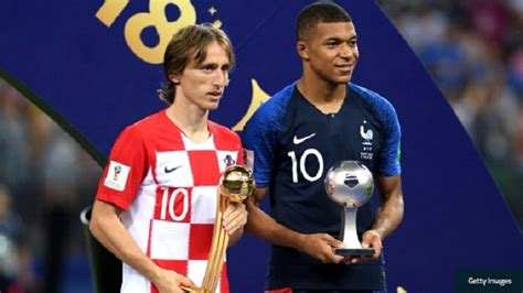 kylian mbappe golden ball modric wins world cup golden ball mbappe best young